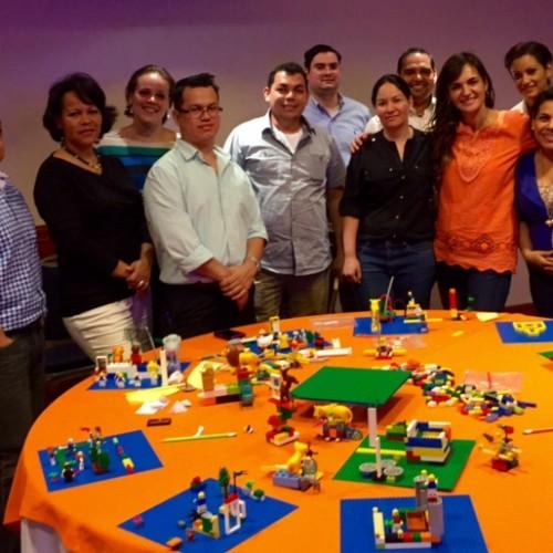 Lo valioso está en el camino: Taller Inteligencia Emocional con metodología LEGO© Serious Play. Nicaragua